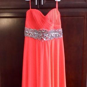 Dress (Size 6)